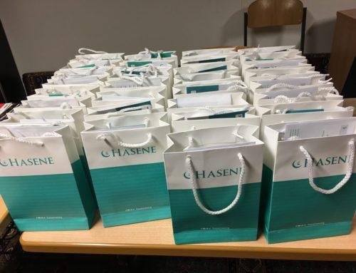 Bretten Kadınlar Teşkilatı üyelerine hediye paketleri hazırladı